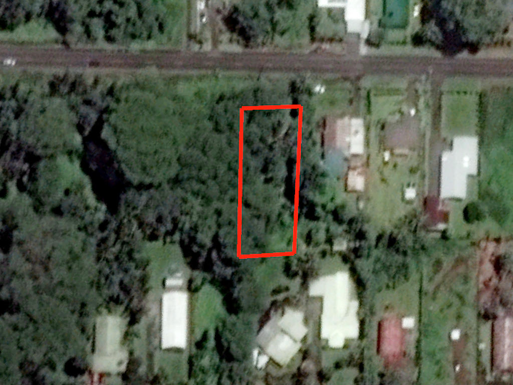 Residential Lot in a Beautiful Tropical Subdivision - Image 2