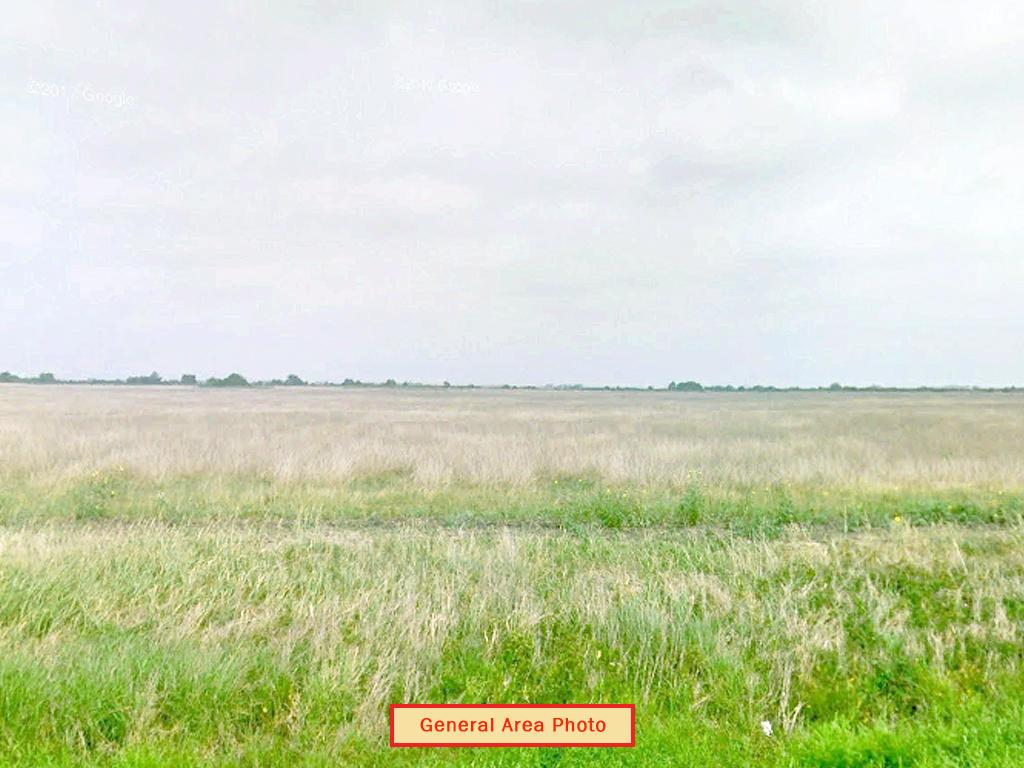Un-Zoned 5 Acre Lot Near San Antonio Bay - Image 3