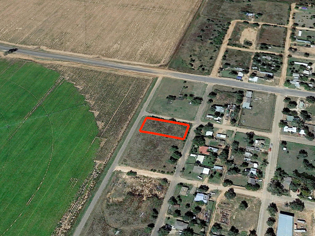 Perfect Land Investment in Quaint Southern Town - Image 3