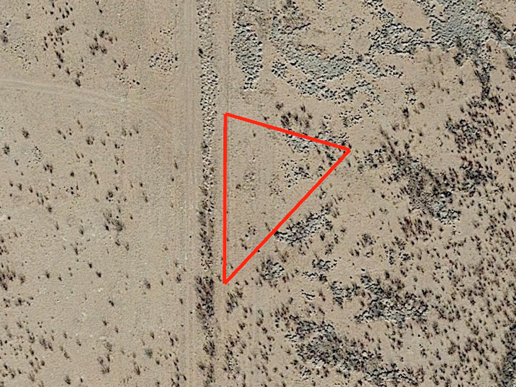 Uniquely Shaped Cochise Residential Property - Image 1