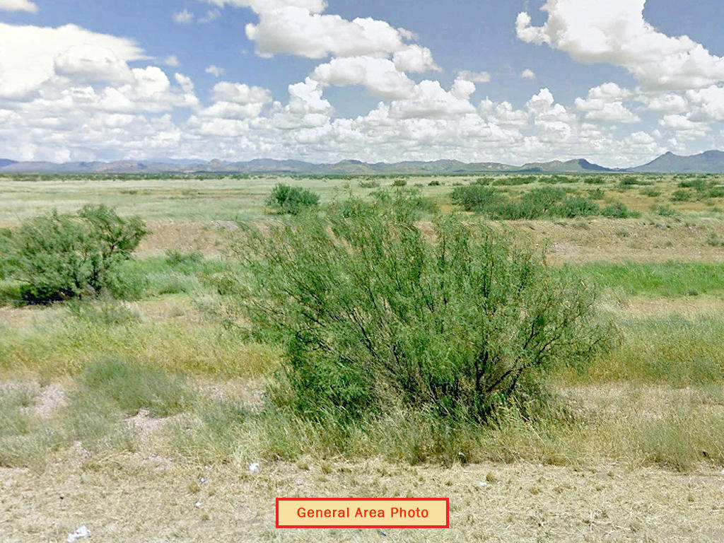 Uniquely Shaped Cochise Residential Property - Image 4