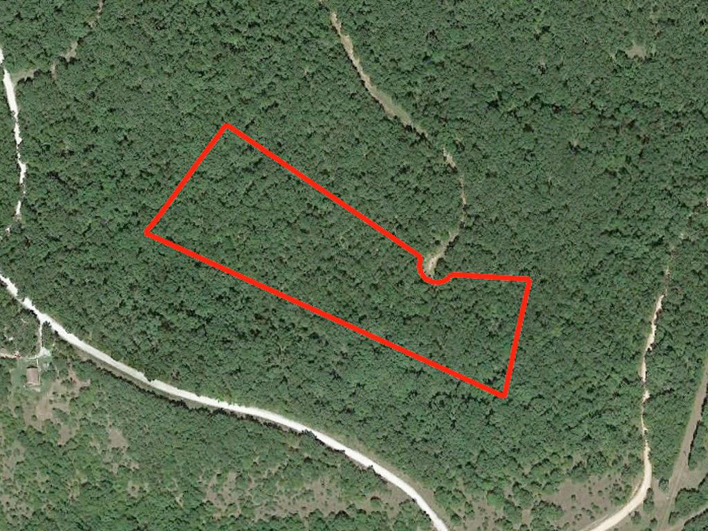 Secluded Seven Acre Haven in Central Missouri - Image 2