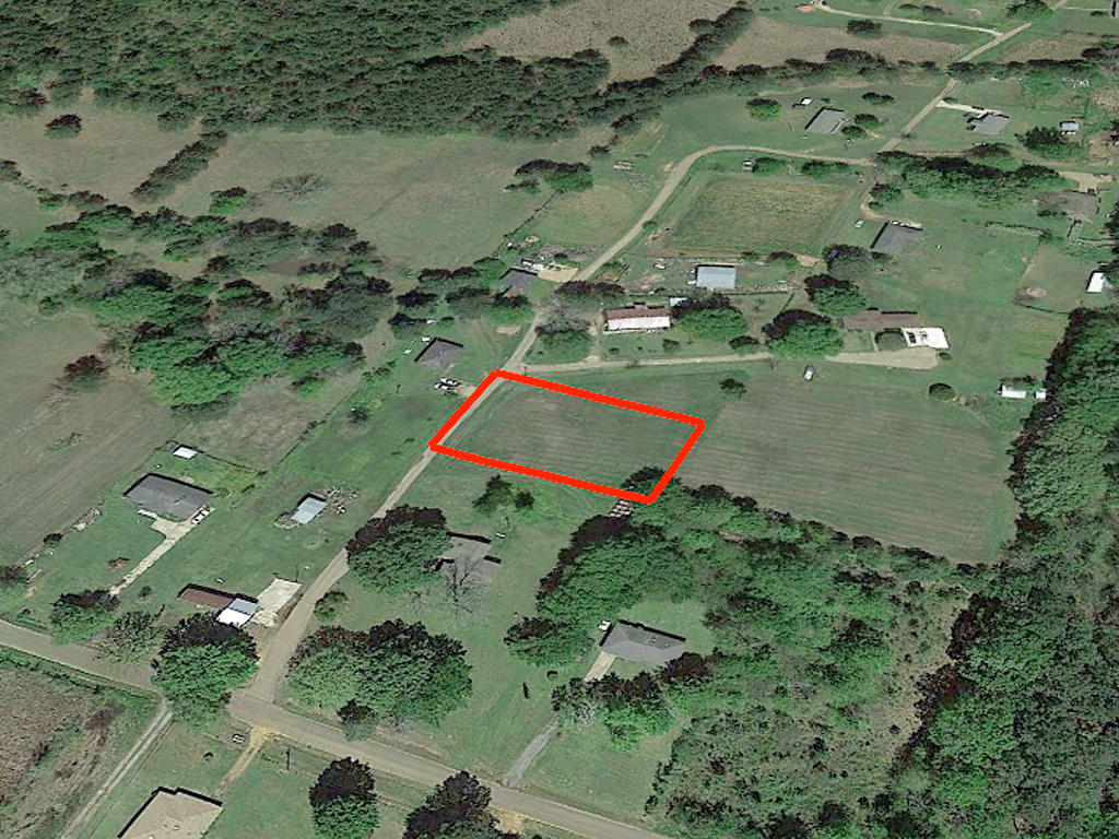 Almost an Acre on Dixon Drive - Image 2