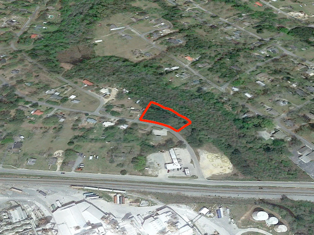 Near Full Acre of Creekside Property - Image 3