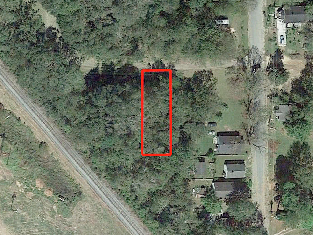 Undeveloped Residential Lot in Albany - Image 2