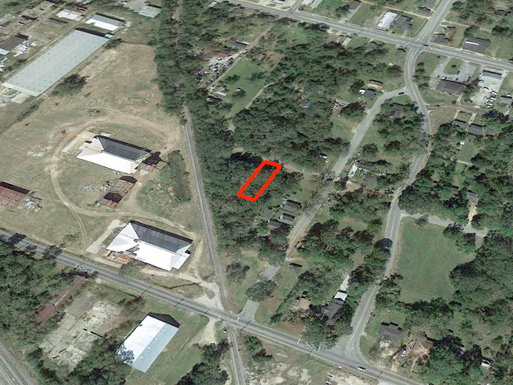 Undeveloped Residential Lot in Albany - Image 3