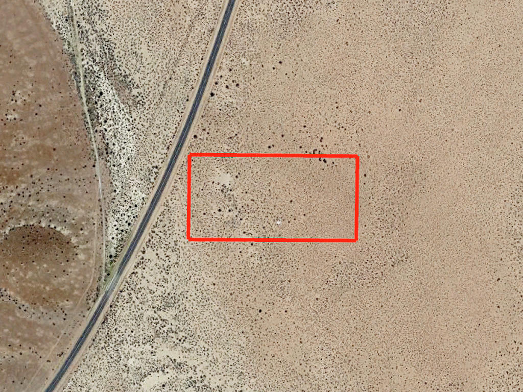 4 Beautiful Acres of Desert Land - Image 2