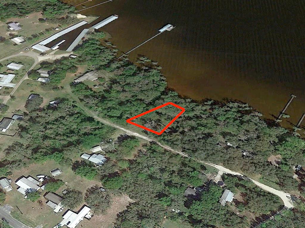 Crescent Lake Florida Lakefront Property - Image 3