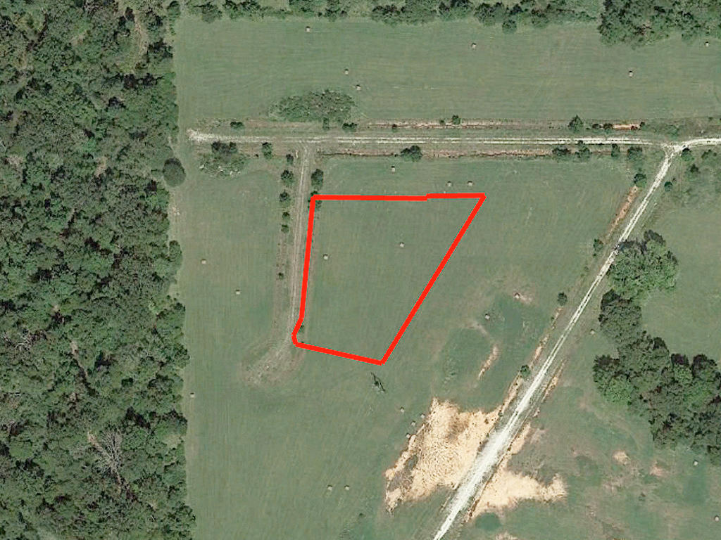 Perfect Acre for Living in the Texas Countryside - Image 2