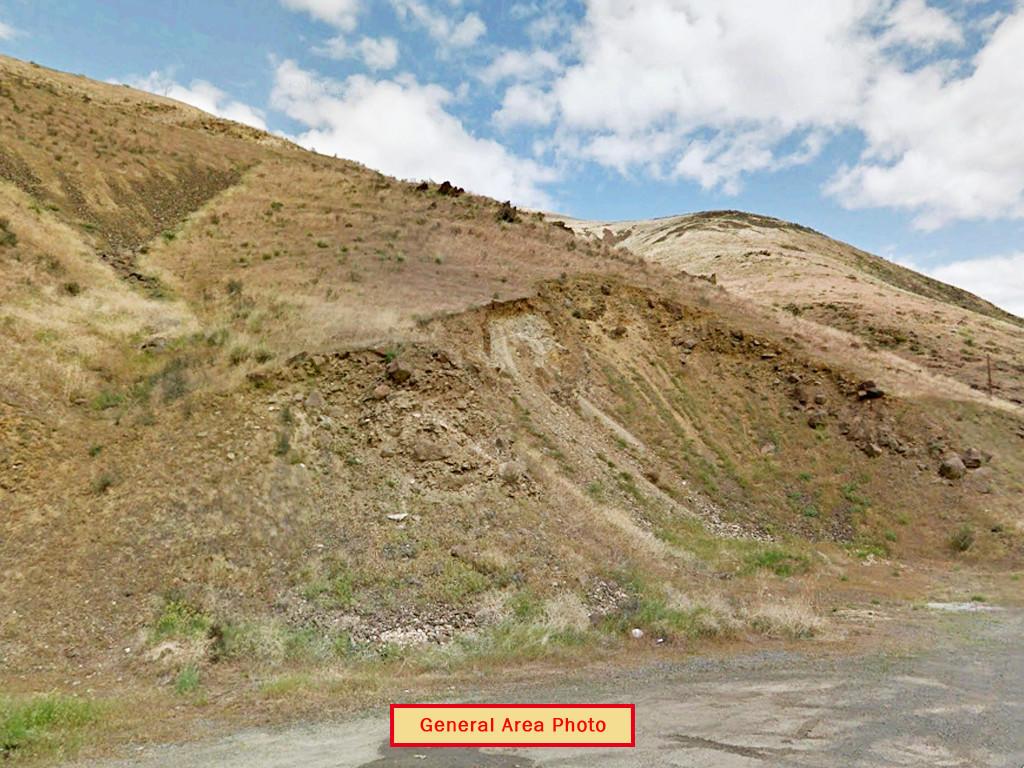 Just Short Of 13 Acre Yakima Washington Parcel - Image 4