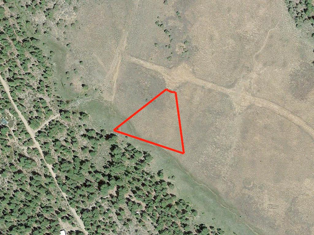 One and A Half Acre Klamath Oregon Rural Living - Image 2