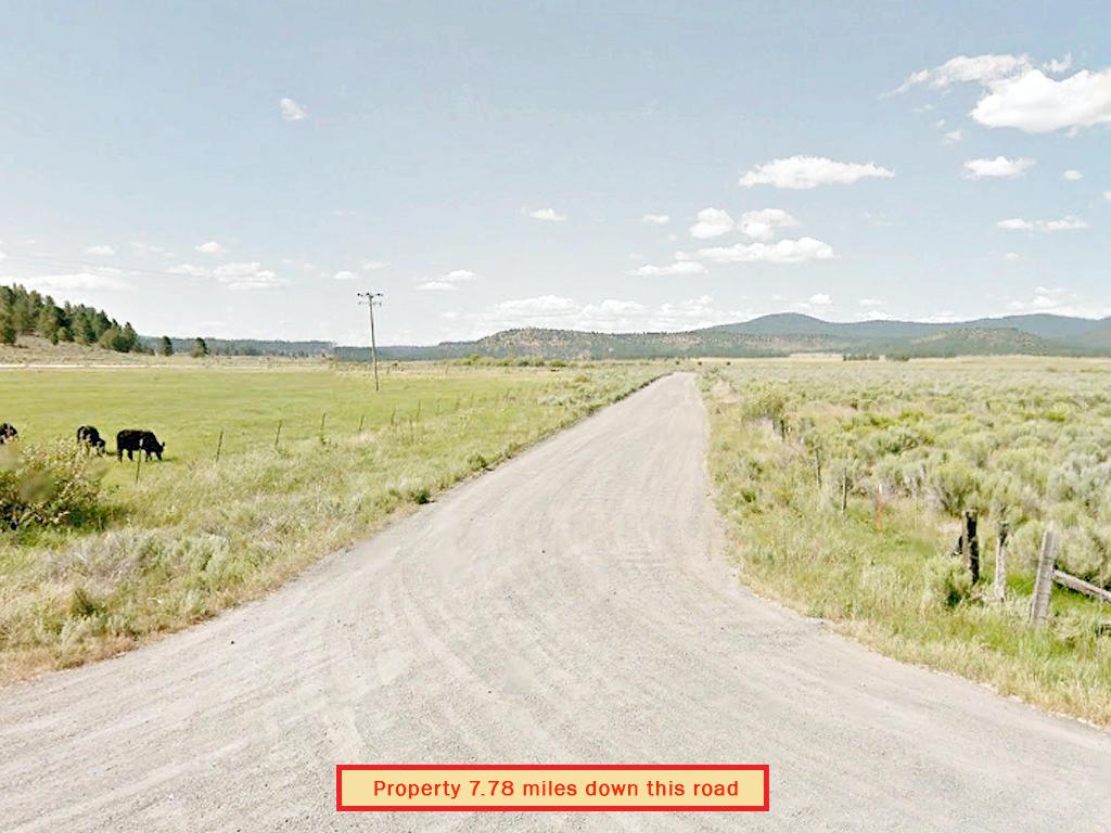 One and A Half Acre Klamath Oregon Rural Living - Image 3