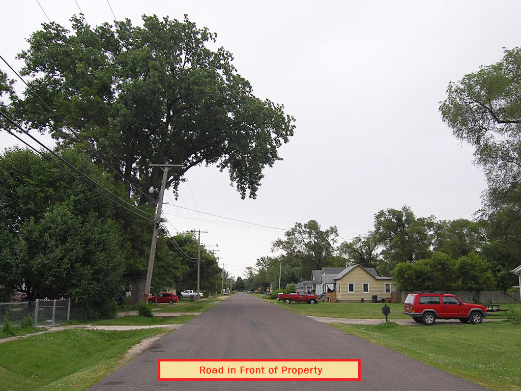 Ideal Investment Opportunity in Heart of East Peoria - Image 6
