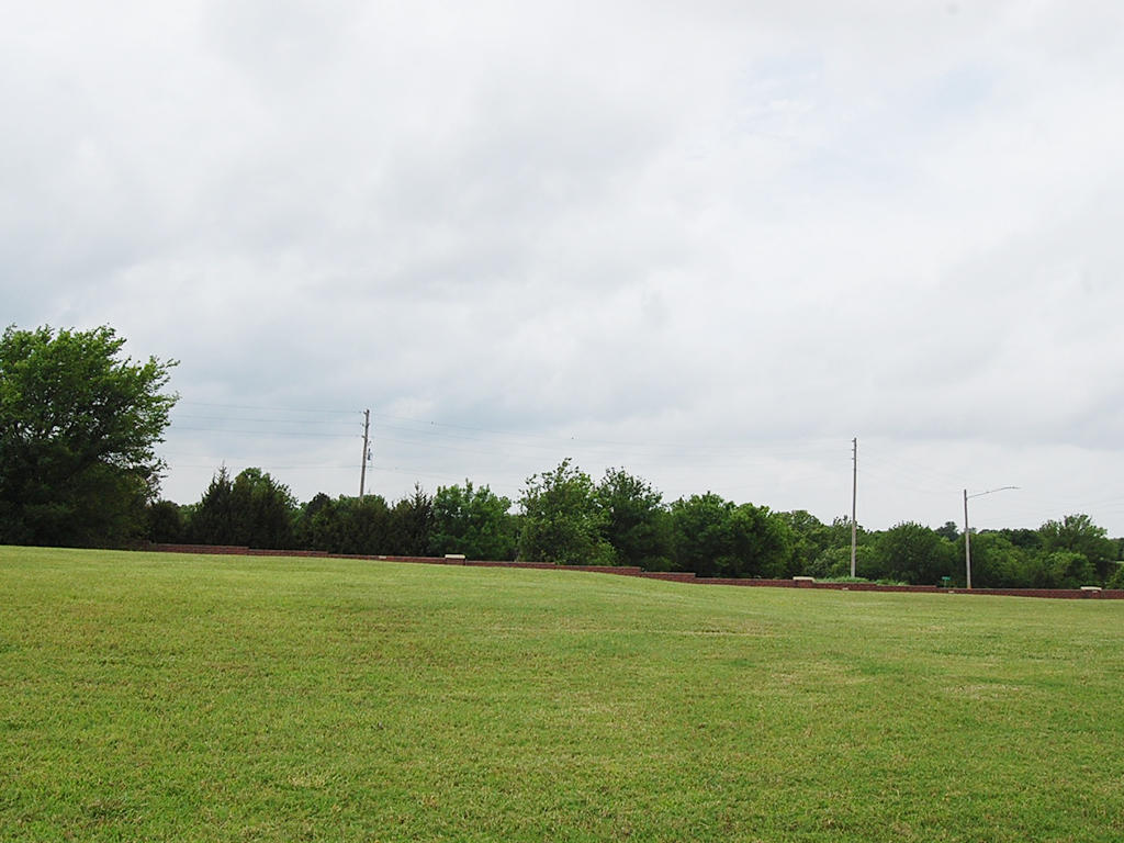 Classic American Living in Arkansas City - Image 5