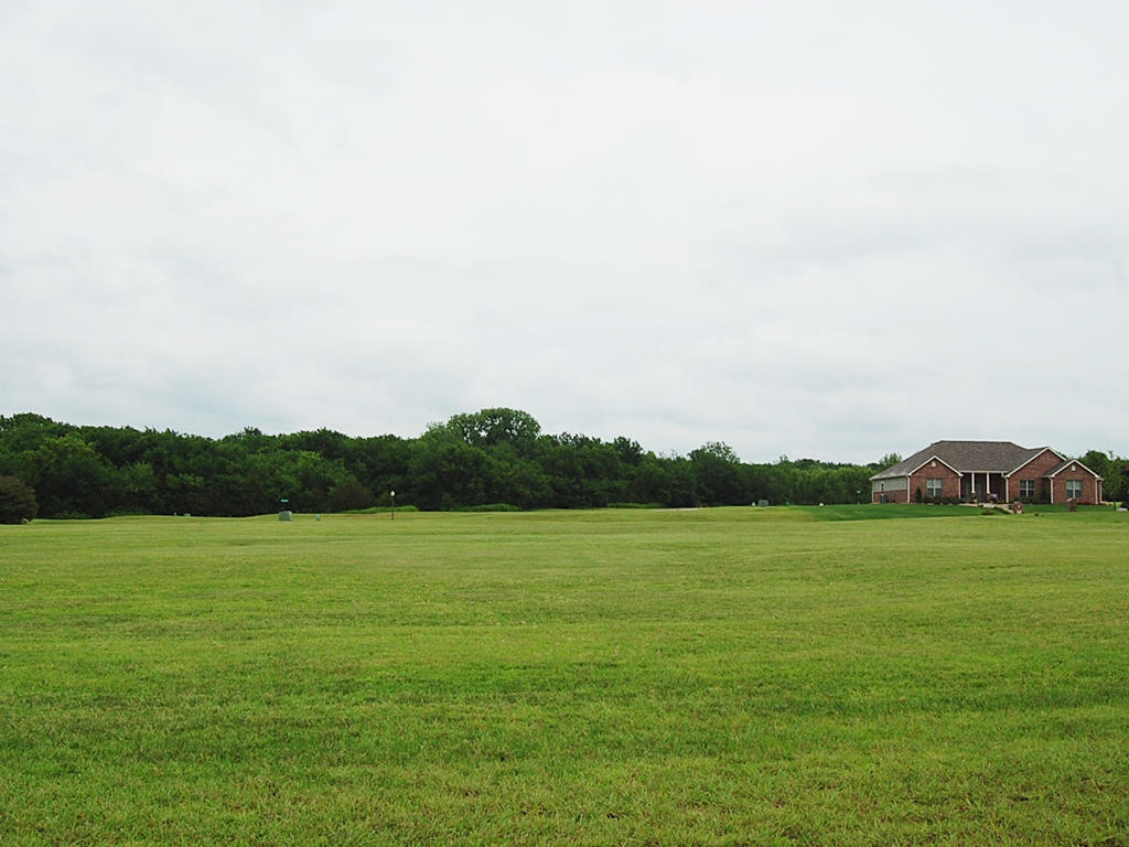 Charming Land Surrounded by Wide Open Spaces - Image 4