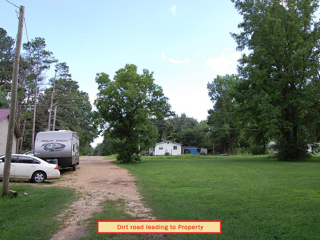 Vast Cheap Carthage Arkansas Homesite - Image 4