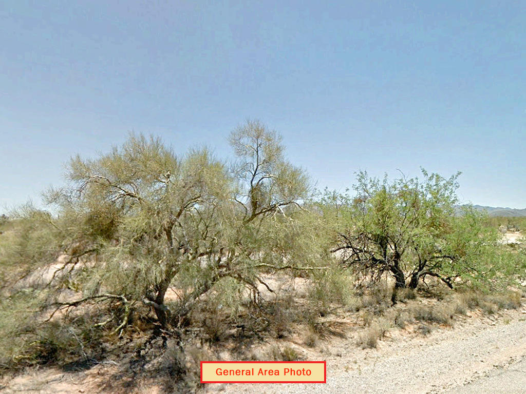 Nearly an acre in Tucson outskirts - Image 4