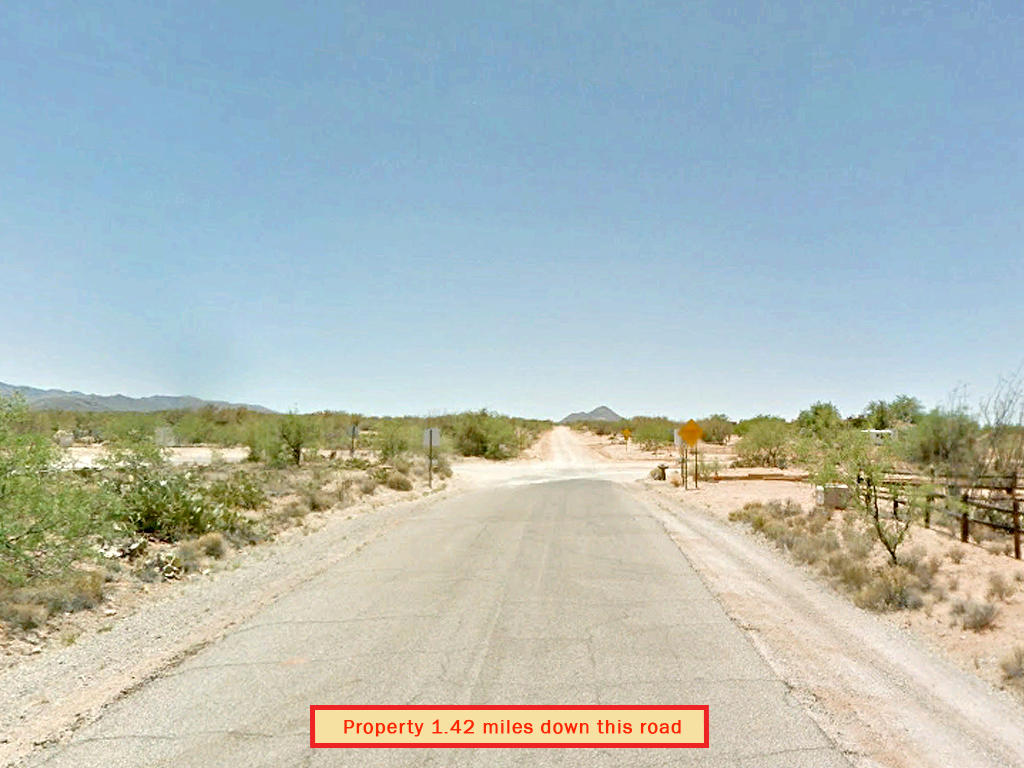 Nearly an acre in Tucson outskirts - Image 5