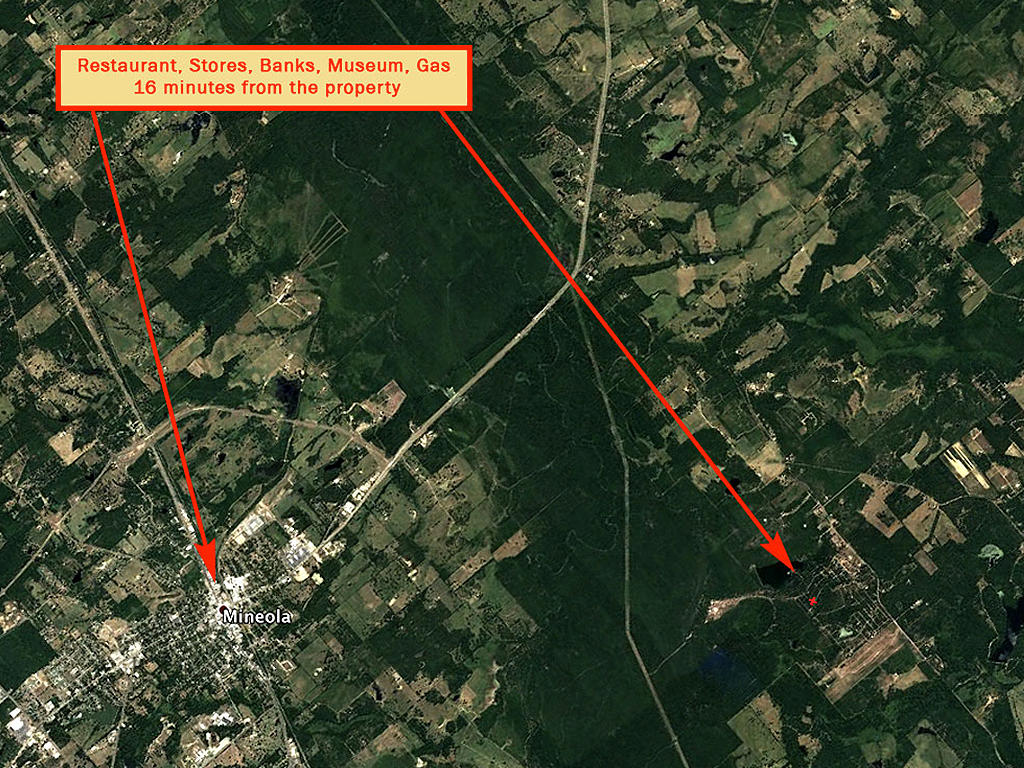 Quarter Acre Lot in Mineola - Image 5