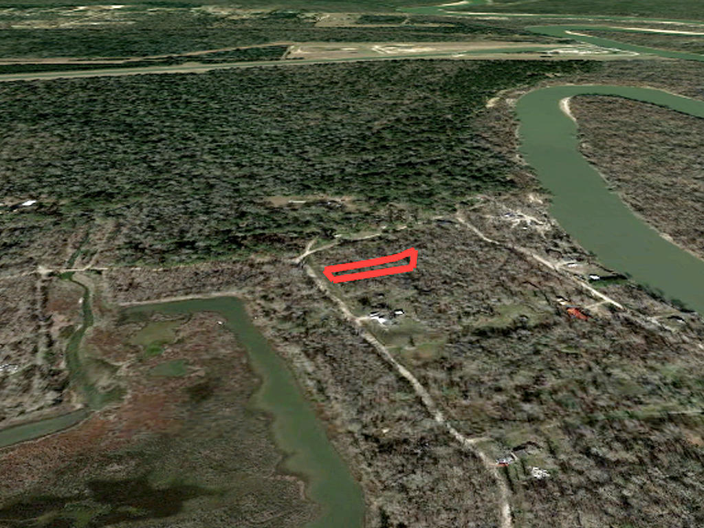 Nearly Half Acre Timber Lake Texas Parcel - Image 3