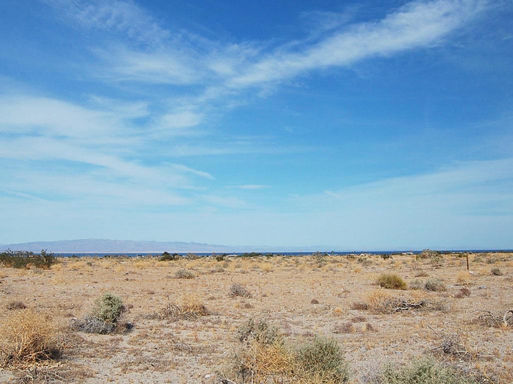 Explore This Quarter Acre California Parcel Ripe for Development - Image 4