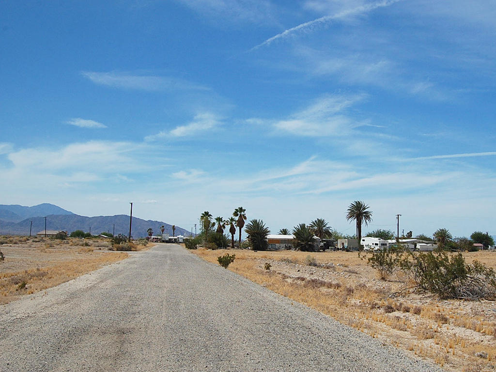 Beautiful Lot 2 Miles from Salton Sea - Image 5