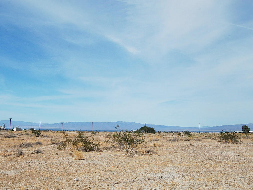 Beautiful Lot 2 Miles from Salton Sea - Image 1