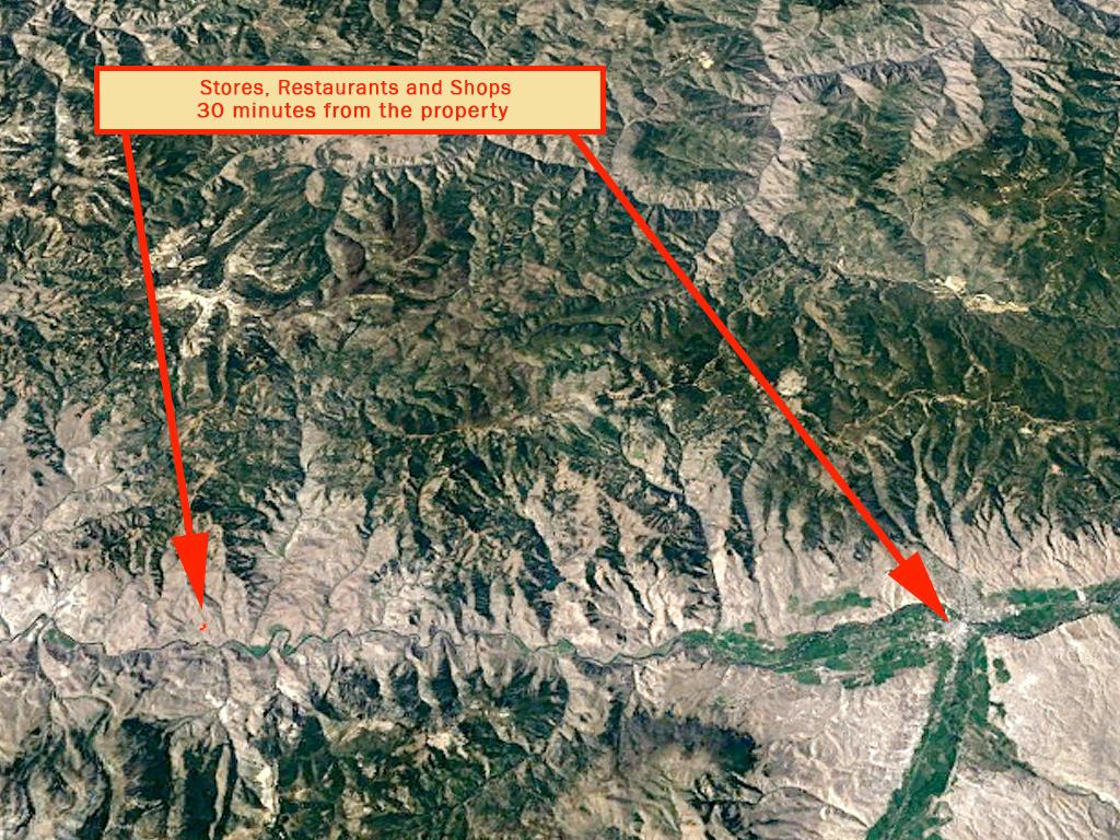 Steep Terrain Salmon River Property - Image 5