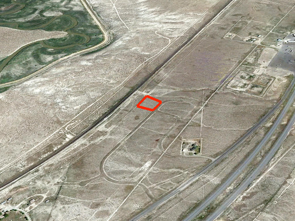 Endless Possibilities on Spacious Nevada Land - Image 2