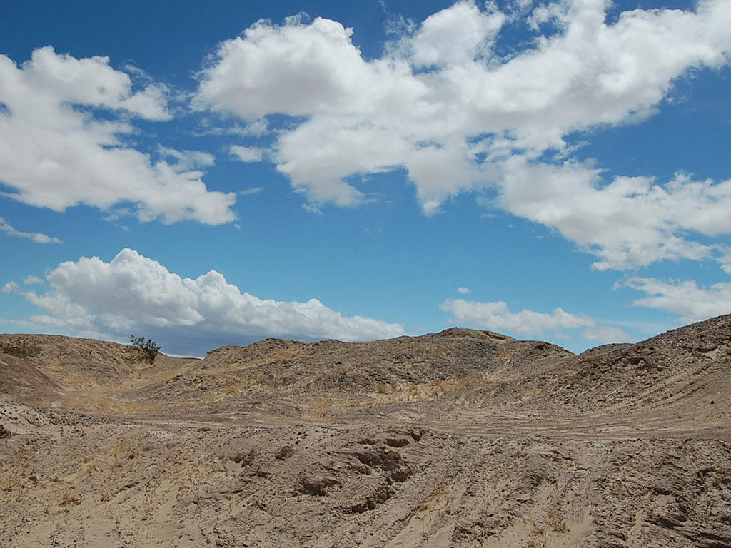 Twelve Acres of Undeveloped Land Near the Salton Sea - Image 3