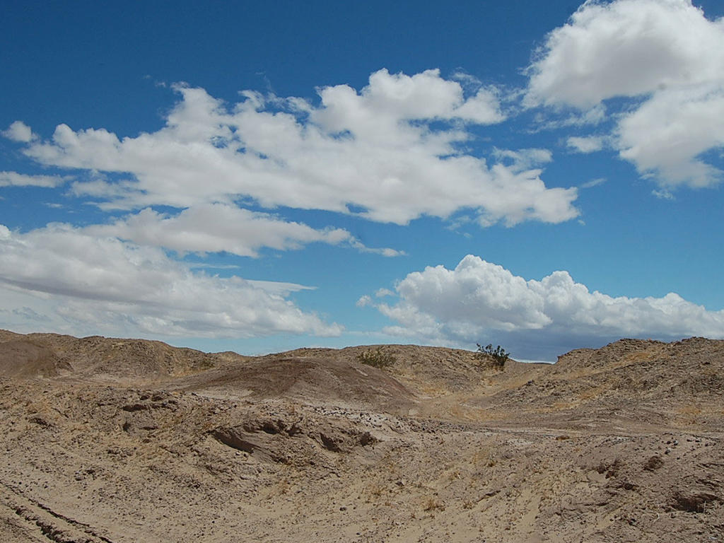 Twelve Acres of Undeveloped Land Near the Salton Sea - Image 0
