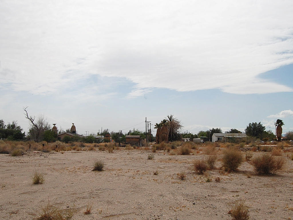 Affordable Desert Living in the Golden State - Image 1