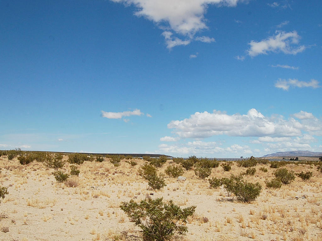 Unobstructed 10 Acres in California Desert - Image 3