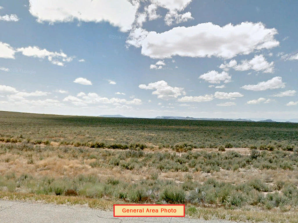 Mountain views in Sanford Colorado - Image 0