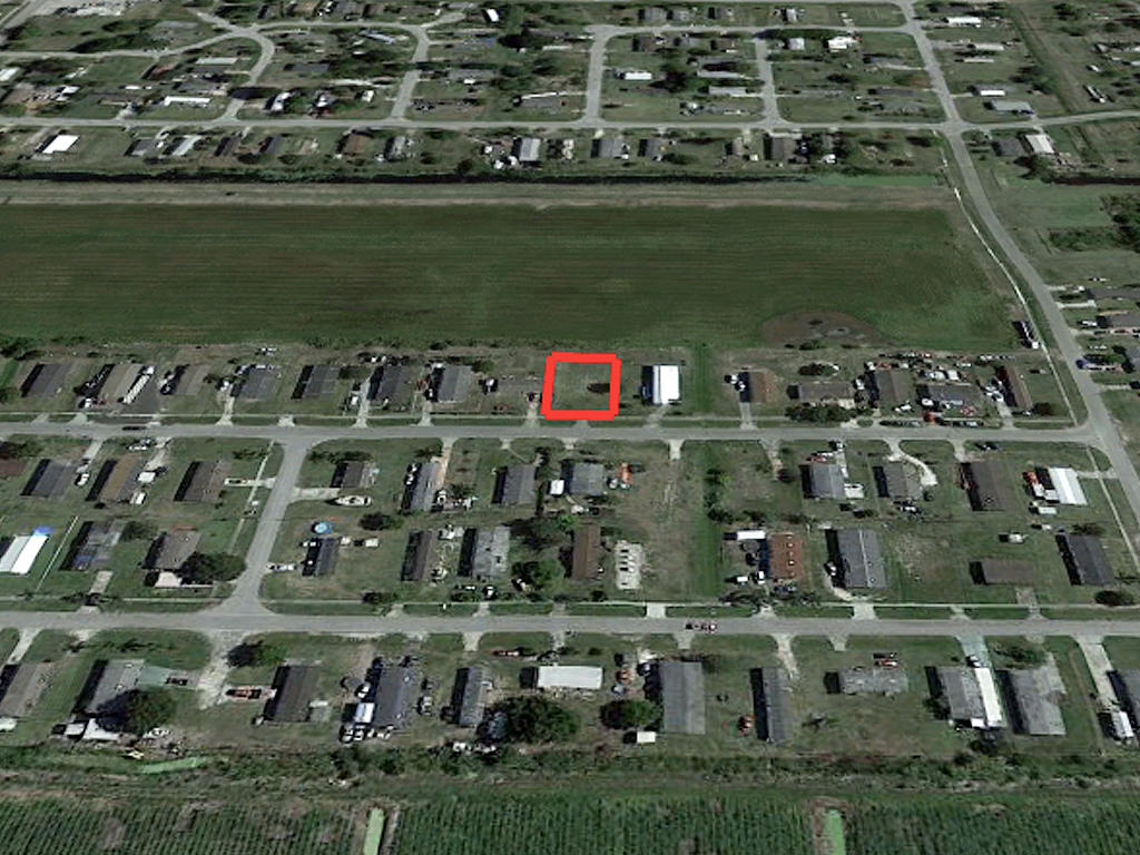 Charming Lot Near Lake Okeechobee - Image 3