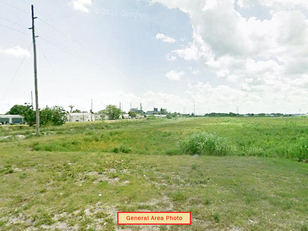 Charming Lot Near Lake Okeechobee - Image 1