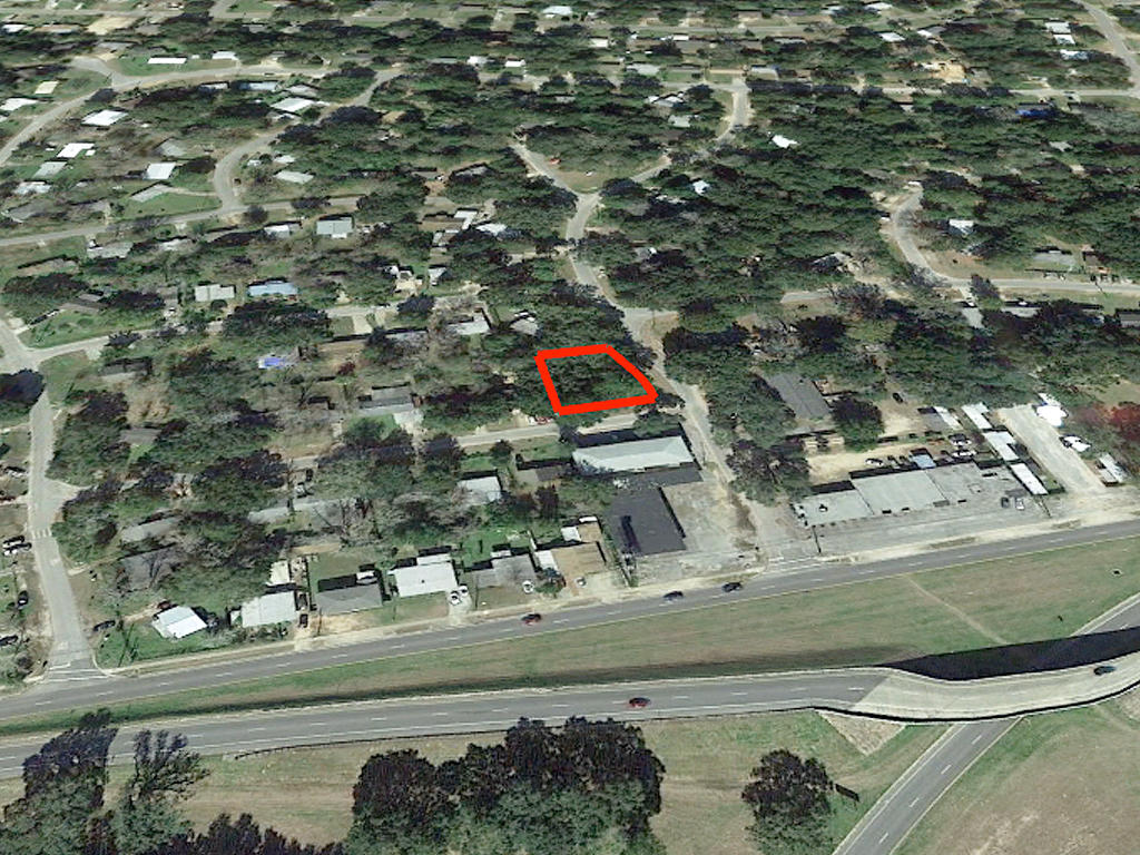 Large Lot in West Pensacola - Image 2