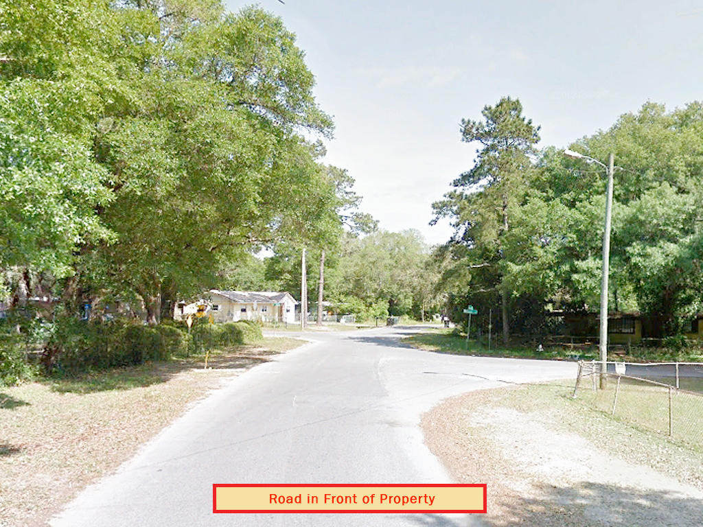 Large Lot in West Pensacola - Image 4
