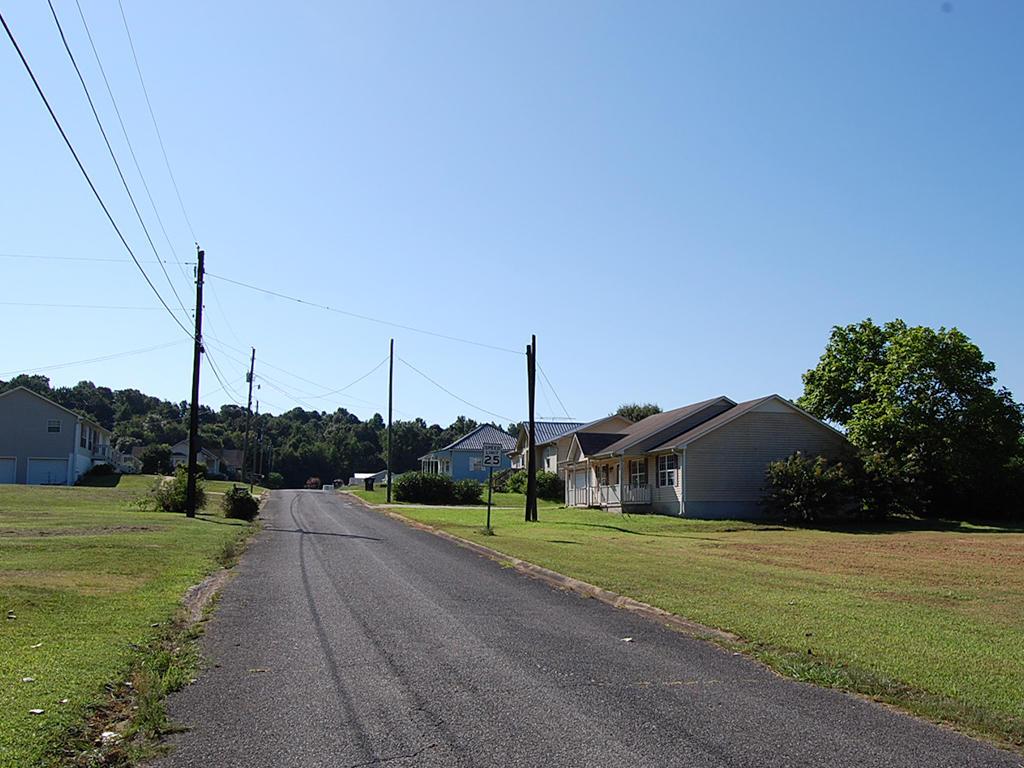 Over Quarter Acre Birmingham Residential Lot - Image 6