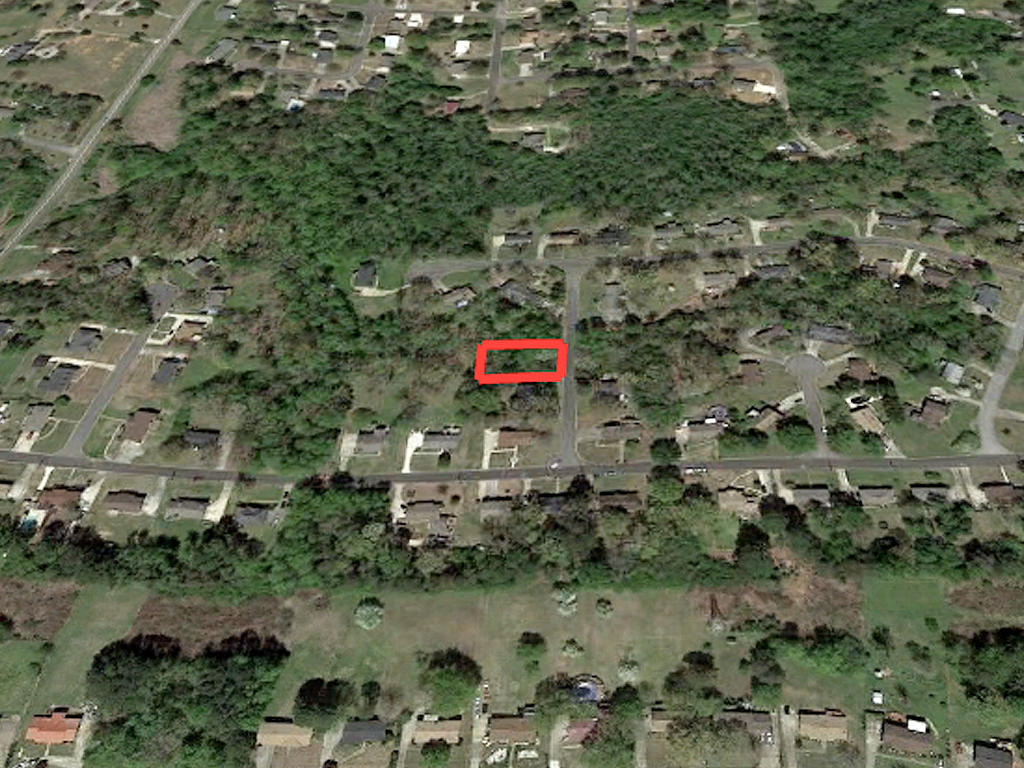 Hidden Gem in Quaint Southern Community - Image 3