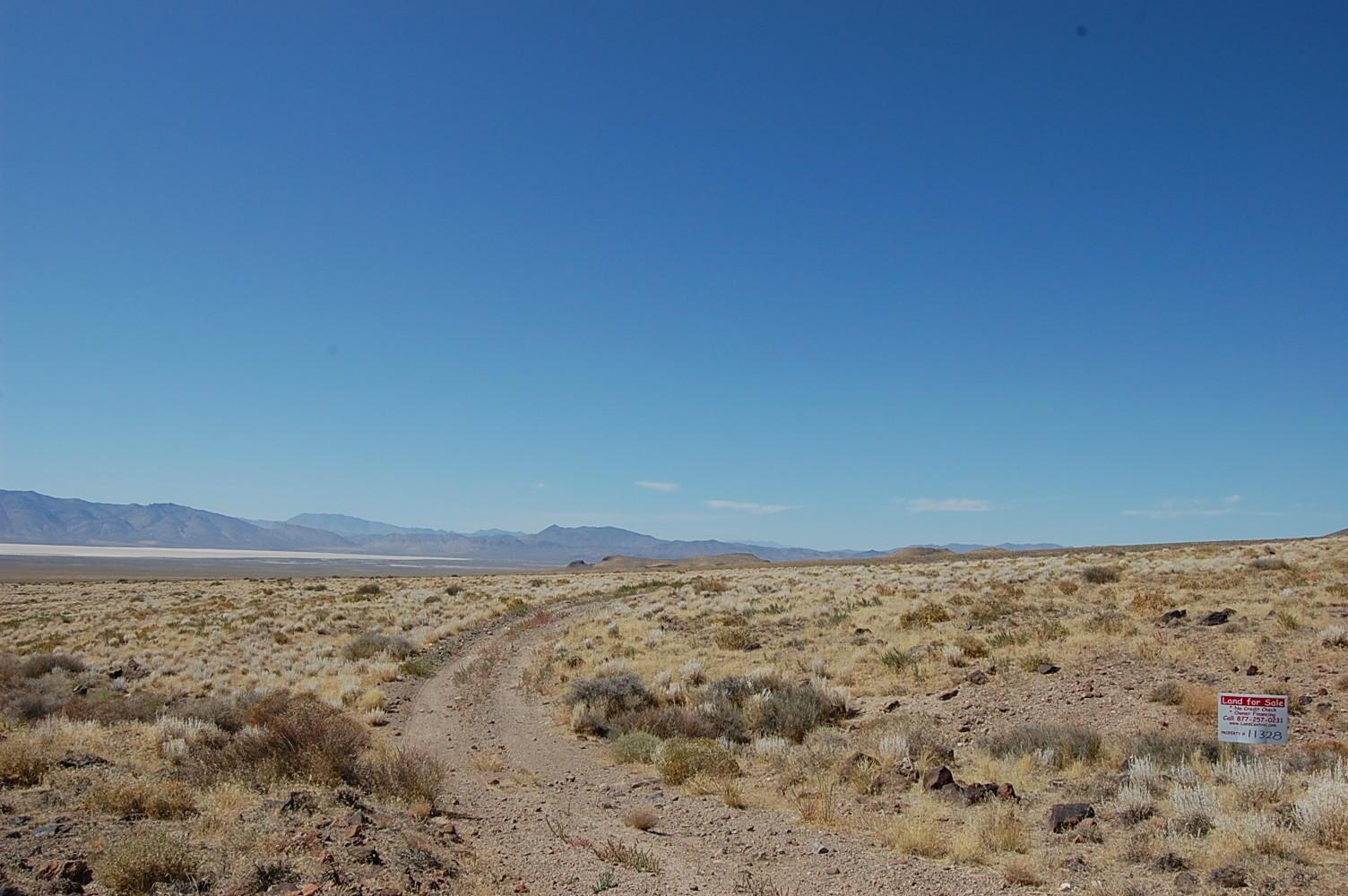 Huge High Desert Nevada Acreage - Image 6