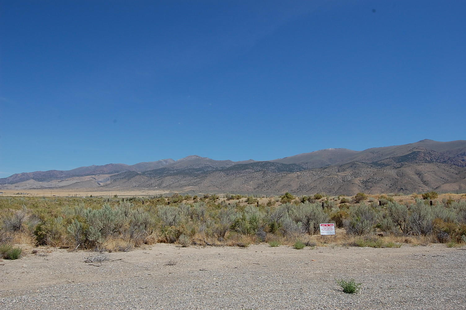 Scenic 1 Acre lot in Private Ranch Community - Image 0