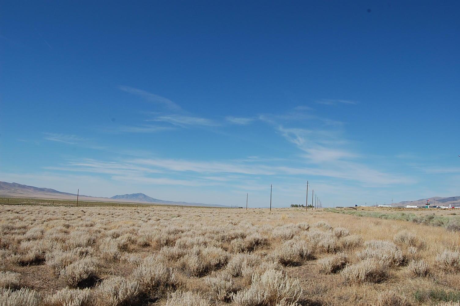 Sprawling 3 Acres in Nevada Desert - Image 4