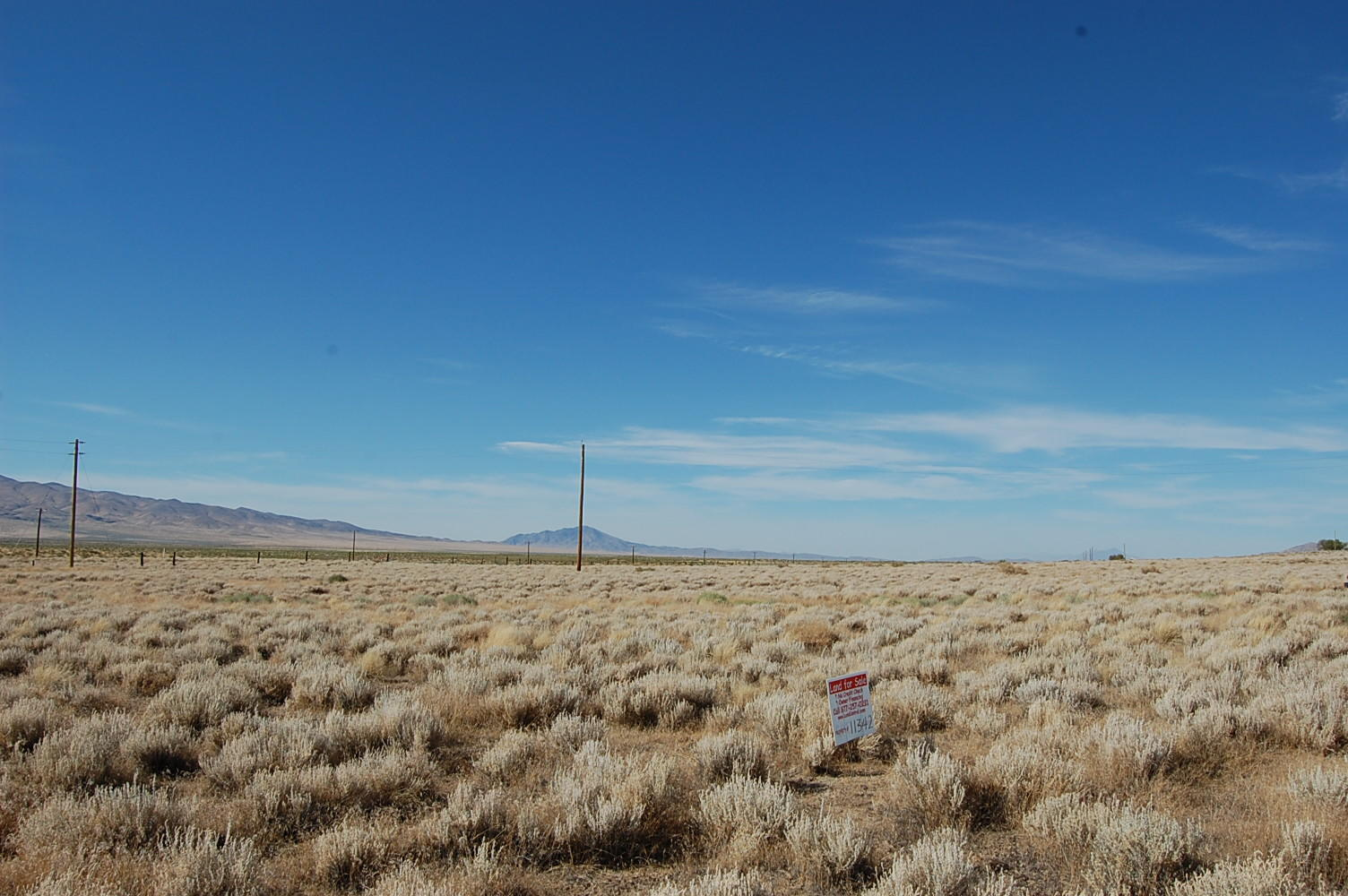 Two Acre Corner Lot in Beautiful Nevada Desert - Image 3