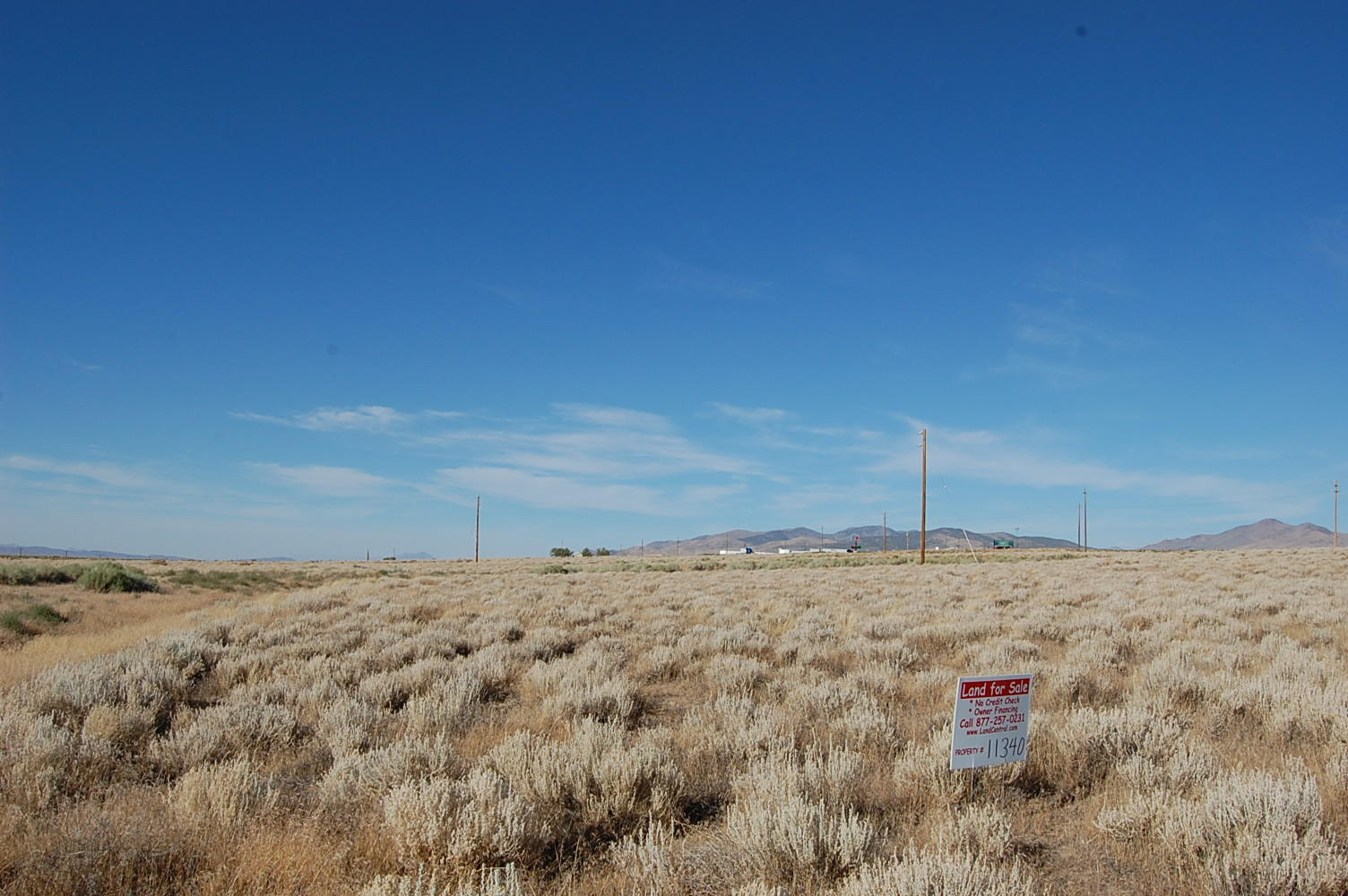 Spacious 1 Acre of Prime Real Estate - Image 1