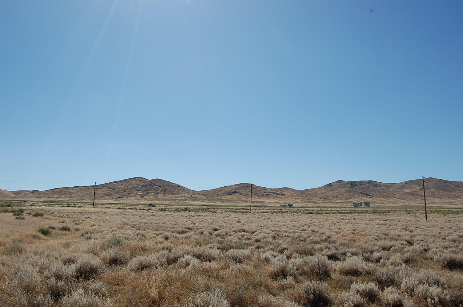Escape to the Desert with Amazing 2 Acre Lot - Image 3