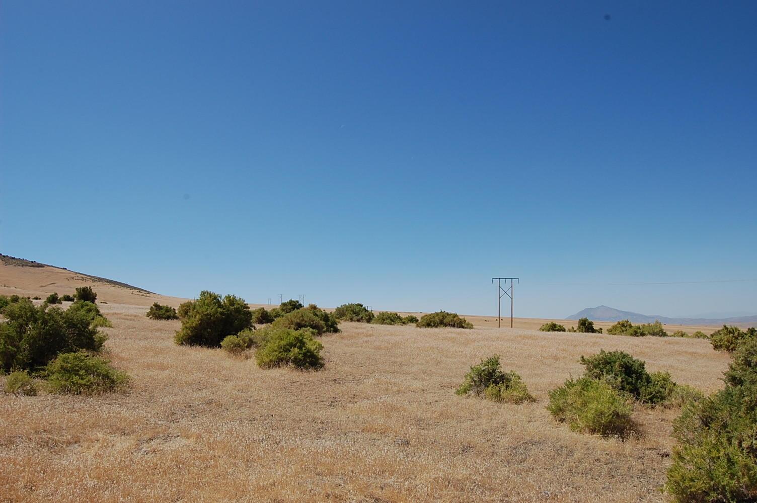 2.5+ Acre Rural Getaway Half Hour from Winnemucca - Image 3