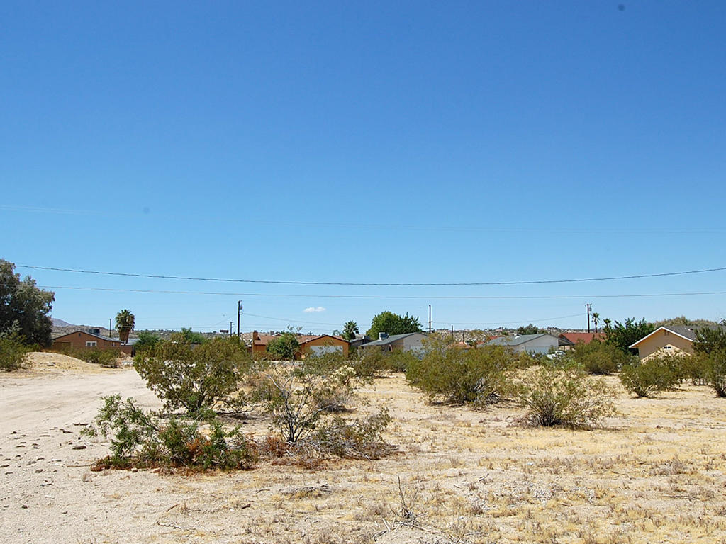 Residential Lot in Beautiful Desert Hills in Twentynine Palms - Image 0