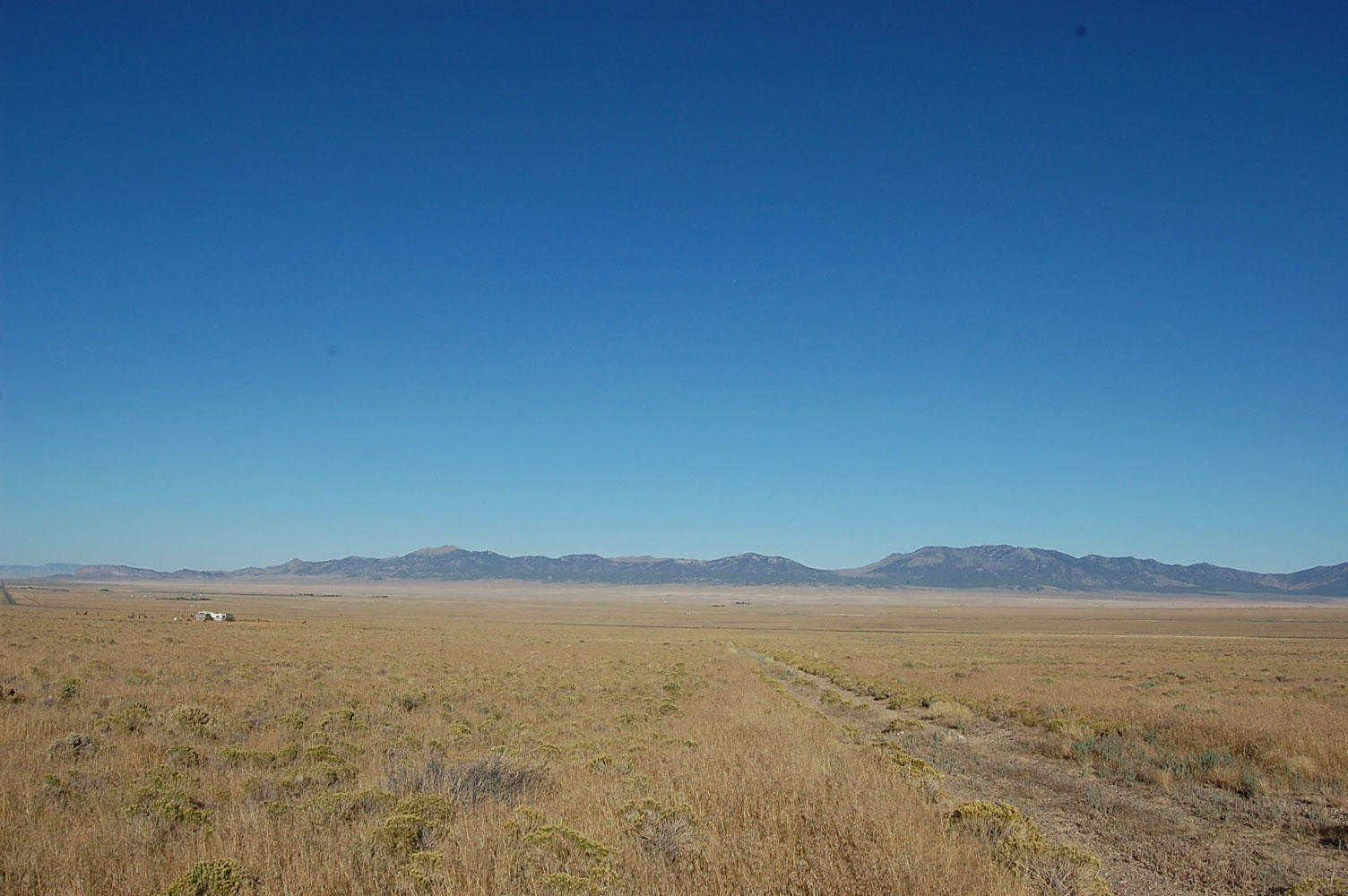 Beautiful Corner Lot on Secluded 2 Acres - Image 0