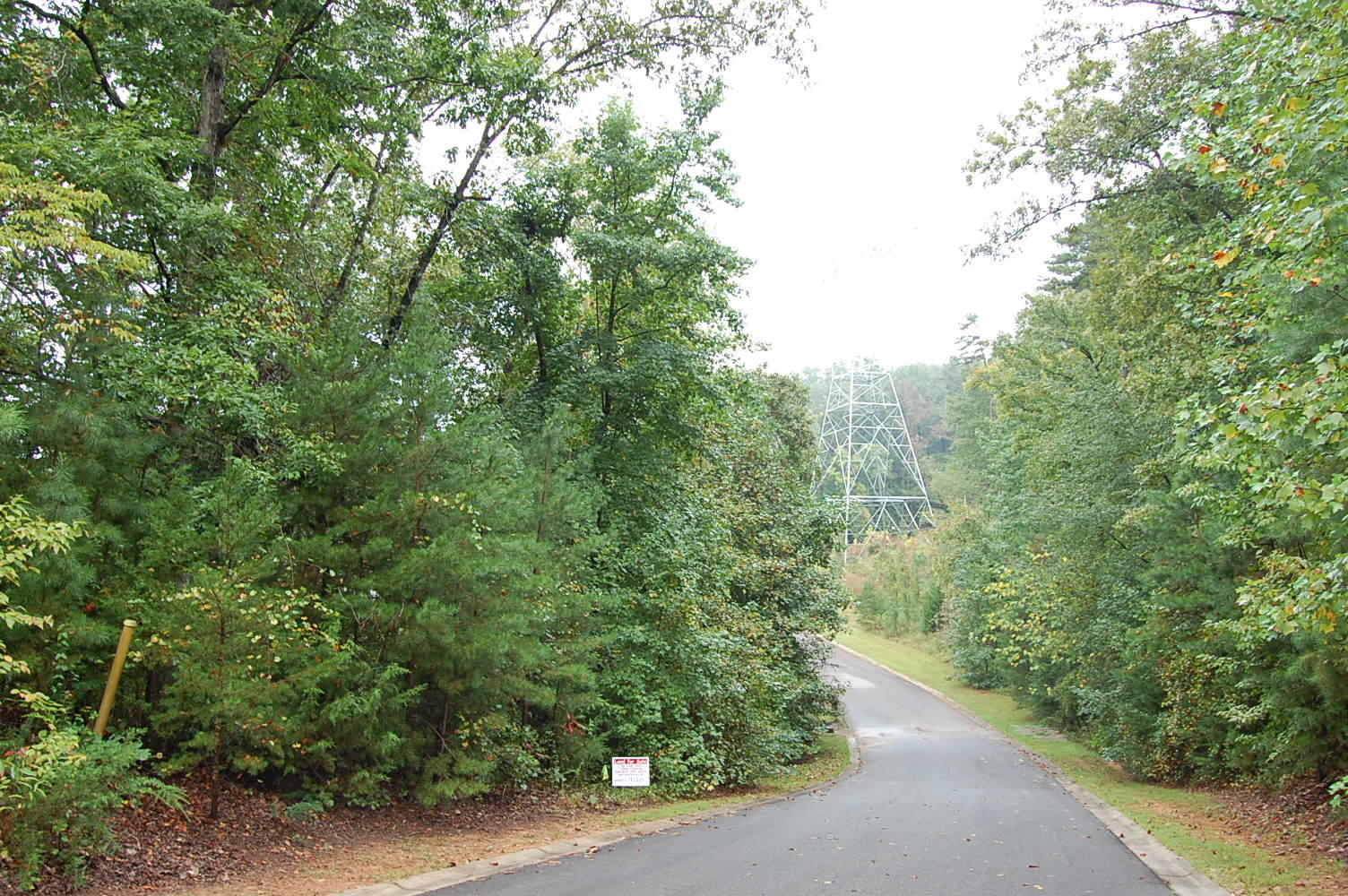 Half Acre Lot on Lake Keowee inside of Waters Edge Subdivision - Image 5